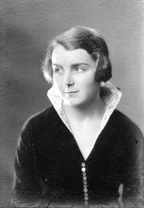 Dr Ethel Barrow